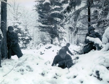 americans-battle-of-bulge-snow